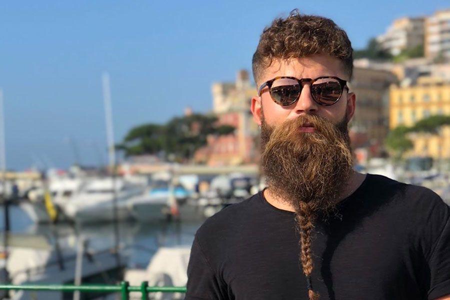 Barbe de Viking une tresse