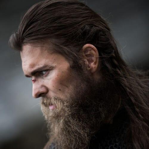 Barbe de viking en désordre